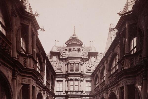 Ein Blick hinter die Fassade – Nürnberg um 1900 Fotografien Ferdinand Schmidts von Nürnberger Bürgerhäusern der Spätgotik und Renaissance