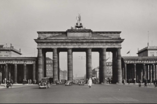Highlights der Berlin-Sammlung – Big City Life
