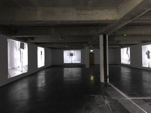 Artur Zmijewski, Realism, 2017, six-channel digital video transferred from 16 mm, b/w, silent, approx. 4–12 min. each, commissioned by and first shown at documenta 14, Kassel, 2017, ed. of 3 (+ 1 AP + 1 EP), courtesy Artur Zmijewski and Galerie Peter Kilchmann, Zürich