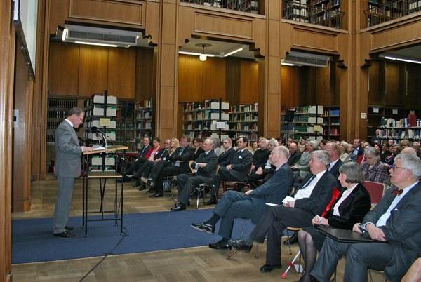 Ansprache des Staatsministers für Wissenschaft, Forschung und Kunst, Wolfgang Heubisch, im großen Lesesaal der Bibliothek