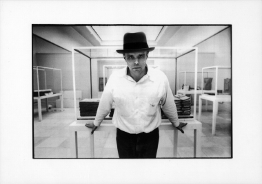 Joseph Beuys, 1968 © Stefan Moses
